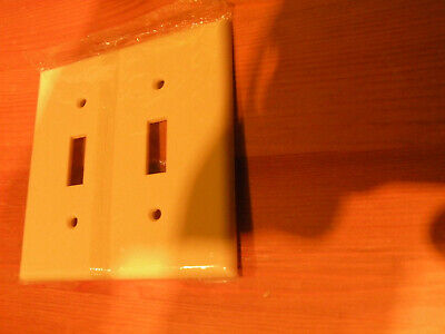 Case of (22) Leviton Ivory Two Gang Plastic Wall Plate 86009