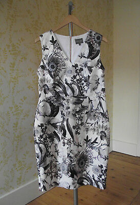 PHASE EIGHT monochrome botanical floral special occasion dress 2c1942af2