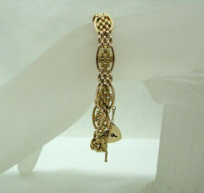 Antique Beautiful Quality 15 Carat Gold Carved Brick Link Bracelet With Padlock