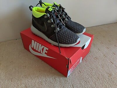 d1a6160759828 NIKE ROSHE RUN Sneakerboot Uk8.5 Us9.5 Eu43 Fur Lined Winter Cosy ...