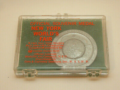 1964 1965 New York Worlds Fair Souvenir Coin Token In Rare Original Case NOS New