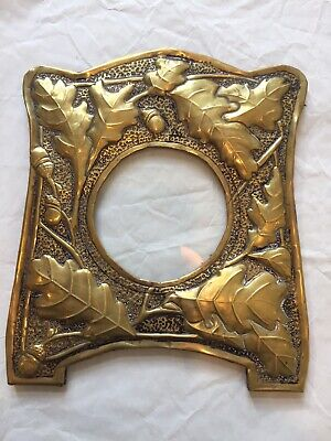 Arts And Crafts / Art Nouveau Brass Photo Frame Oak Leaves And Acorns
