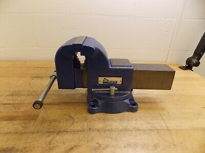 "Gibraltar Pipe/Bench Combo Vise 6"" Jaw Width 6"" Jaw Cap. 3-1/2"" Throat #42057042"