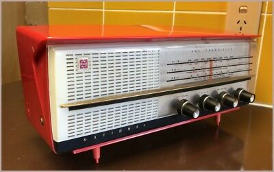 RARE Atomic Vintage Retro National Panasonic Red Plastic Radio AC/Transistor '61
