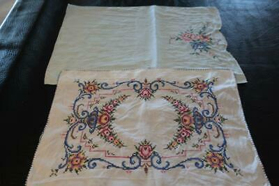 2 x Pretty Rectangle Embroidered Tray / Centerpiece Cloths / Doilies - Vintage
