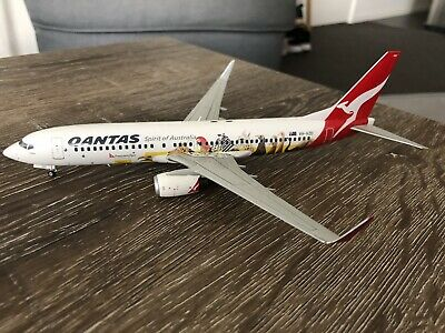 """QANTAS Boeing B737-800 VH-VZD """"Frequent Flyer"""" 1/200 JC Wings Diecast Model"""