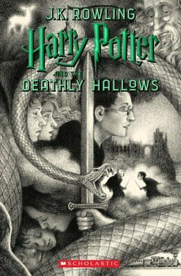 Harry Potter and the Deathly Hallows by J K Rowling 9781338299205
