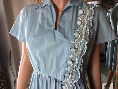Vintage Carlye 50's Pinup Blue Swing Dress Size 10 Lace Offset Button Trimmed
