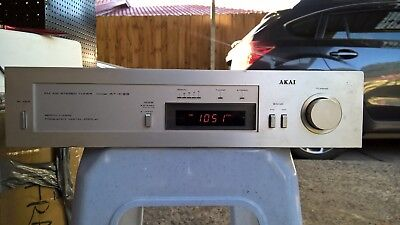 Vintage AKAI FM AM Stereo Tuner, Model: AT-K33, Working Condition
