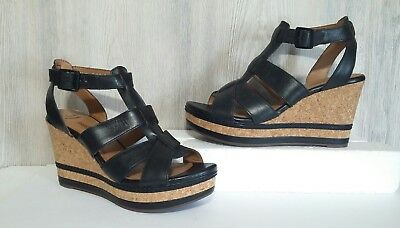 3bed9d73bdd Womens Clarks Collection Zia Tower Black Leather TStrap Casual Wedge Sandal  Sz 9