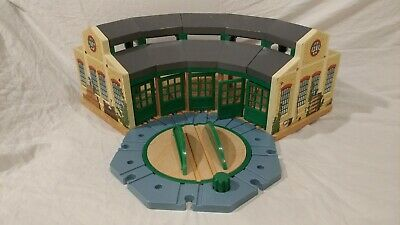 Thomas the Train & Friends Wooden Tidmouth Sheds RoundHouse and Action TurnTable