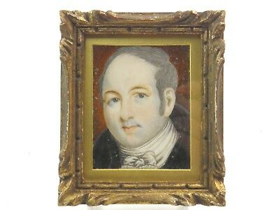 Antique Georgian English portrait miniature painting of a grey haired gentleman
