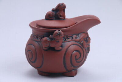 Exquisite Chinese Hand carving  Yixing red stoneware teapot aa657