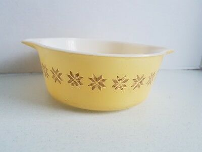 Vintage Small Casserole Dish Pyrex Light yellow 2.5x7.5 Inch No Lid