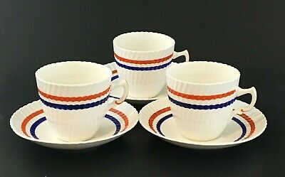 Royal Albert Crown China England. Set Of 3. Cups And Saucers. Art Deco. Vintage