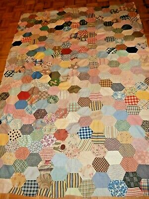 """Vintage Honeycomb pattern quilt top 61"""" x 81"""" very pretty hand pieced"""