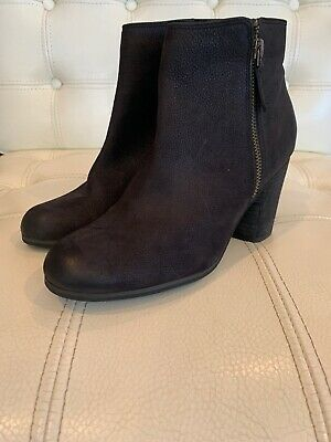 BP Womens Dark Brown Chocolate Leather Stacked Heel Ankle Boot Size 8 M