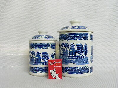 Blue Willow - Set of 2 Ceramic Canisters with Lids - Japan