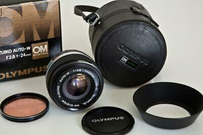 Olympus 24mm f 2.8 Zuiko Auto-W wide angle lens with leather case, MINT!