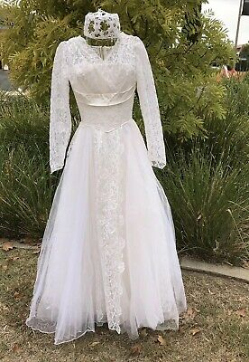 Vintage Original Authentic 1950s Tulle Lace Ballroom Full Length Wedding Dress