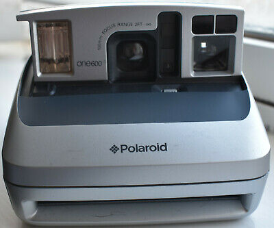 Polaroid One 600 Instant Camera In Silver And Black In Good Working Order