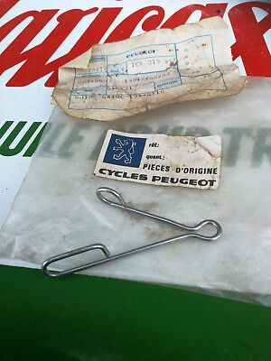 N.O.S guide gaine compteur PEUGEOT 104 GT10 mobylette