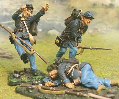 Collectors Showcase  Cs00414 20Th Massachusetts Wounded  Boxed 54Mm Figures