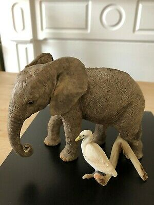 Hand painted elephant with egret figure by Country Artists no. 02747 sculpture