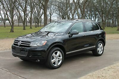 2012 Volkswagen Touareg TDI Lux  Perfect Carfax Perfect Carfax TDI Diesel Leather Pano Roof New Tires Navigation Backup Camera