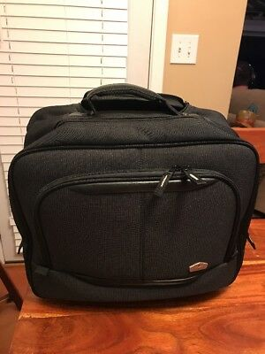 "Olympia 16.5"" Business Travel Rolling Carry-On Wheeled Laptop Case Tote Bag (JL)"