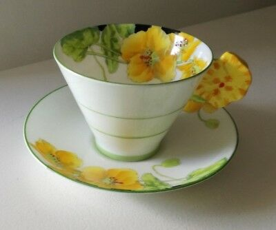 """PARAGON """"ICELAND POPPY"""" FLORAL HANDLE Tea Cup and Saucer Yellow Art Deco Shape"""
