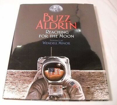 NASA Astronaut Buzz Aldrin Signed Book - Reaching for the Moon - 1st Ed. (B178)
