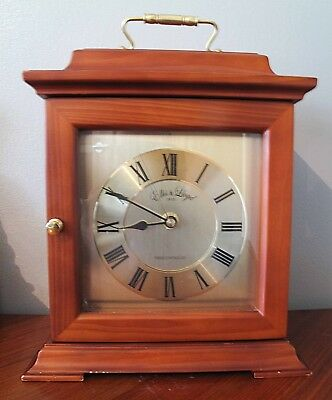 Ellis and LLoyd  radio controlled wood mantle clock  24 x 19 x 12 roman numerals