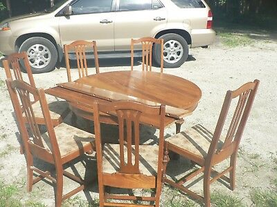 Antique Vintage Round Solid Wood Table by Schelosky Table Co Indiana 1910 Oak