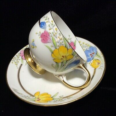 Very rare antique Paragon tea cup and saucer duo, Saffron flowers, butterfly