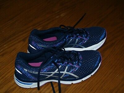 asics running trainers size 4