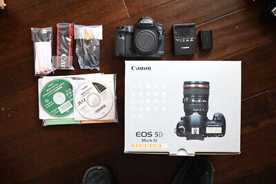 Canon EOS 5D Mark III 22.3MP Digital SLR Camera - Black (Body Only) 5D3