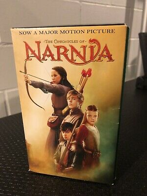 Boxed set of 6 Chronicles of Narnia books