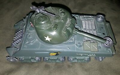Vintage Battery Operated USA Military Toy Tank #23 Classy Peg Antique