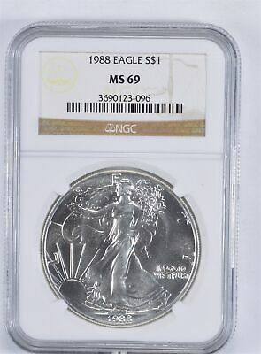 MS69 1988 American Silver Eagle - Graded NGC *916