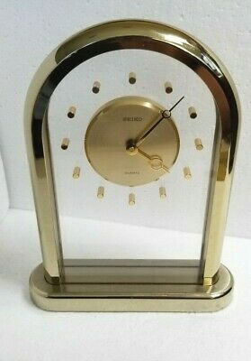 Vintage Seiko Arched Brass & Lucite Mantle Desk / Table Clock QQZ123G Japan