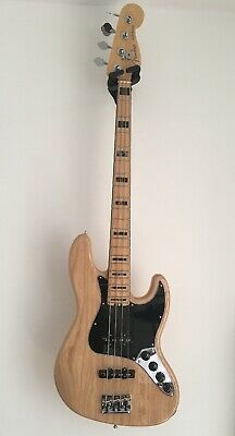 Fender USA Elite Jazz Bass Guitar Ash MN Natural With Hardcase