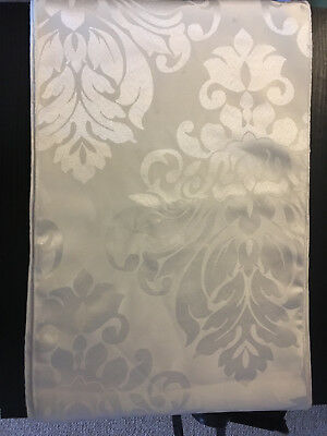 Ivory Damask Table Runners x 10