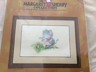 Heritage Stitchcraft Margaret Sherry: Mabel And Mouse Cross Stitch Pattern