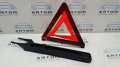 2006 Mercedes C Class Cl203 Coupe W203 C180 Emergency Warning Triangle & Holder