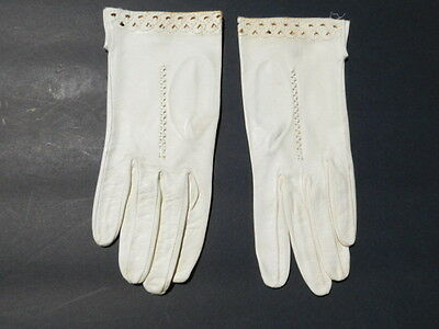 **Lavabile Ladies Cream Leather Gloves Unlined Size 7