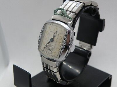 1933 Elgin Art Deco & Black Enamel Etched Case Man`s  Watch...awesome Dial