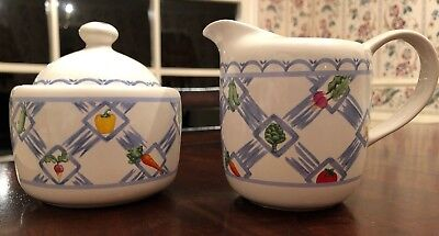 Pfaltzgraff COUNTRY MARKET sugar bowl with lid & creamer Excellent Condition