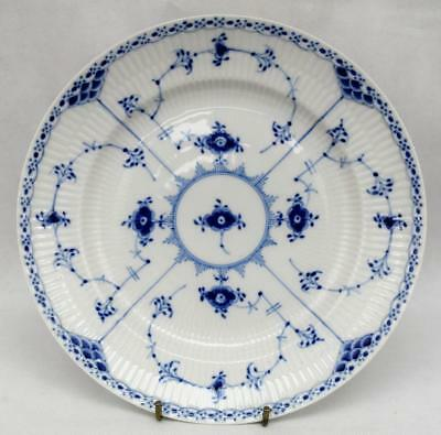 """Royal Copenhagen Half Lace Plate 1/572 First Quality~8 & 7/8"""" or 22.5cm's"""