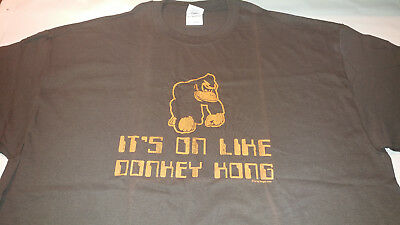 e59ea31cc It's On Like Donkey Kong Men's XL T-Shirt Brown Nintendo Brand New (Other